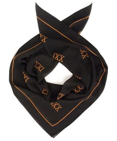 XXI rätik must XXI logodega